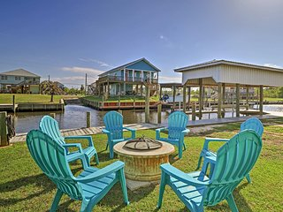 Waterfront Bay St. Louis River House w/ Dock!