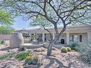 NEW! Beautiful Oro Valley House w/ Mountain Views!