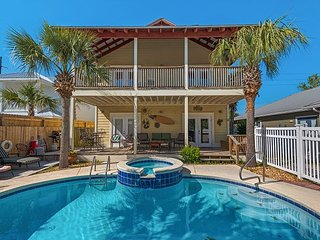 3BR/3BA Emerald Coast Getaway w/ Pool, Spa & Game Room - 2 Blocks to Beach