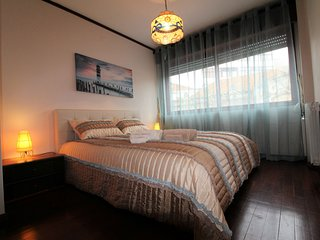 Tennis Club Apartment, Center, Wi-Fi, by Rent4All