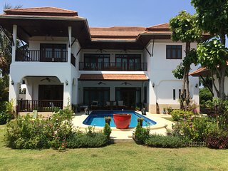 Detached Family House in Khao Tao Hua Hin Thailand with private pool and garden