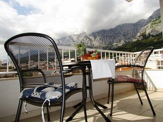 2 bedroom Apartment in Makarska, Splitsko-Dalmatinska Županija, Croatia : ref 56