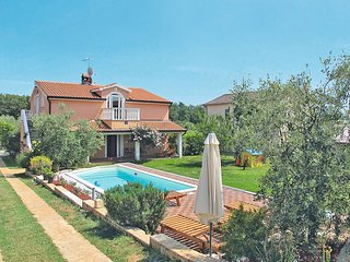 4 bedroom Villa in Velovići, Istria, Croatia : ref 5439136