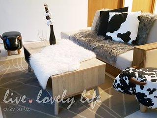 Vortex Suites KLCC, Homely Suite #1  吉隆坡市中心 双子塔 3房2浴温馨小牛公寓