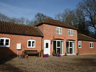 Escape to the country and seaside! Book Grove Stables in East Ruston, Norfolk