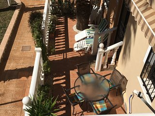 Playa 111, 2 Bedroom 2 Bathroom ground floor apartment 2 mins walk to plaza WiFi