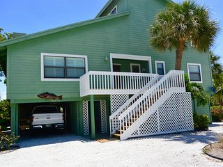 Boca Grande Beach House Pet Friendly Sleeps 8