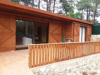 casa rustica, inserida  no parque natural sintra-cascais a 10 minutos da praia