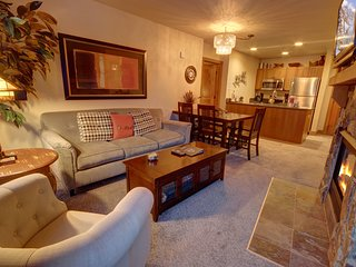 2 Bdrm Condo at Red Hawk Lodge 2248 by Summitcove Vacation Lodging
