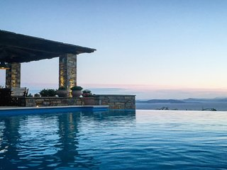 Akrolithos Villa - Private Pool│Breathtaking View│Luxurious Comfort