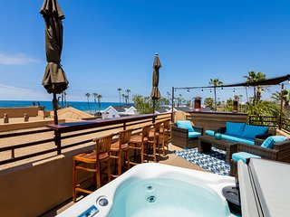 Roof Top Deck Fabulous Ocean View  Private Jacuzzi Air Con M-A