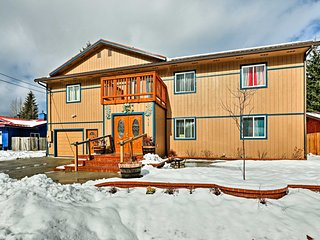 NEW! Spacious House 5 Mins to Mendenhall Glacier!
