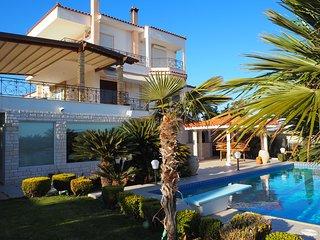 Villa Saronikos