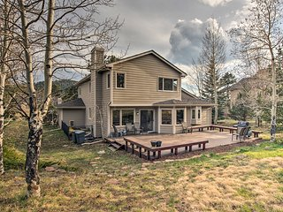 NEW! Remodeled Home w/Deck - 8 Miles to Red Rocks!
