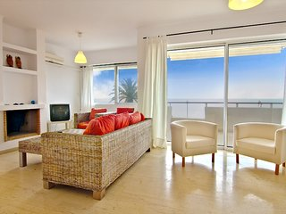 Villa White Coral