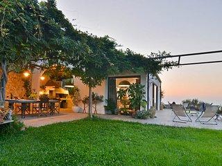 2 bedroom Villa in Sant'Ambrogio, Sicily, Italy : ref 5621489