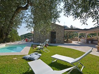 4 bedroom Villa in Sant'Ambrogio, Sicily, Italy : ref 5621490