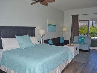 Luau 6305 - Family Suite w/bunkbeds - huge pool + beach views