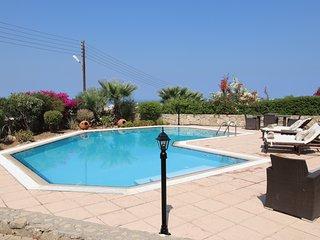 Blake villa with stunning sea and mountain views