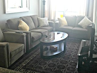 Executive Rental 1 Bedroom Suite in Mississauga - 9021571