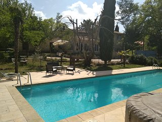 1880's Renovated Stone Farmhouse with Private Pool - walking distance to shops