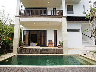 2 Bedroom Villa With Private Pool in Pecatu