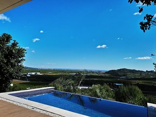 Villa Monte Corona sea view over Gandia with infinity Pool and lift