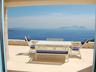 Urania villa Iris. Private pool. Breathtaking sea and mountain views.