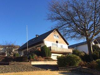 Vrijstaand familiehuis met uitzicht op de Bruchhauser steine