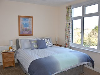 Fantastic house with stunning views sleeps 12, great location near Eden Project