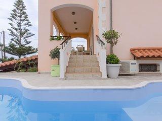 Araucaria 4 bedroom villa
