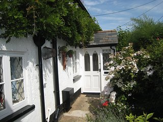 Tamarisk- Charming character cottage in a quiet area in the heart of Sidmouth
