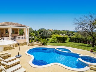 Luxury 7 bedroom Villa With Private Pool, Tennis Court, Hot Tub, and Sea Views