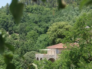 Sesta Godano: La Canonica - Rio, great place to  explore and experience Liguria