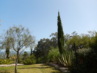 Monte-Bougainvillea ROSAS -  holiday apartment, car included!