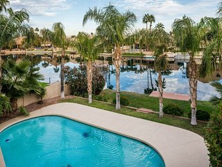 4BR Ocotillo Home w/ Pool Heater & Lake Views