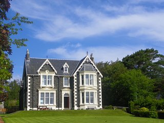 Oakfield House, Tobermory, Isle of Mull.  Luxury Self Catering