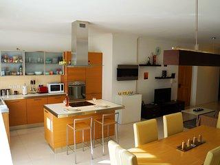 Wonderful apartment near the sea