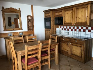 Les Arc 1800 - Bright Clean Apartment Ski In/out