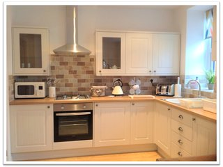 A delightful newly renovated 2 bedroom terraced holiday cottage in Llandudno.