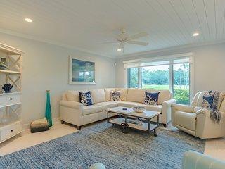1304 Fairway Oaks Villa