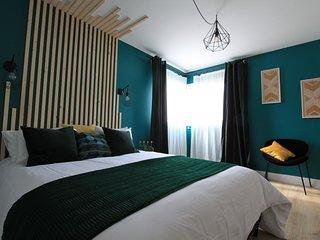 Appartement prestige de 120m2 à 5 minutes de la mer dans propriété arborée