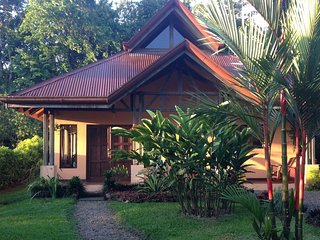 Casa Tortuga - Book your trip to Paradise. Close to Hot Springs!
