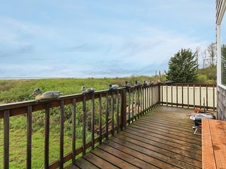 NEW LISTING! Very rustic retreat with a secluded location and great ocean views!