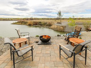 NEW LISTING! Dog-friendly suite w/patio & firepit - on-site golf, near the lake