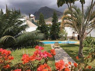 Beautiful villa 5 bedrooms. Pool