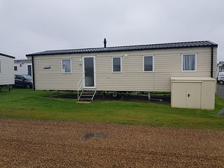3 Bed Prestige Holiday Home Beach Side, D/G C/H, Pet Free Haven Caister Holidays