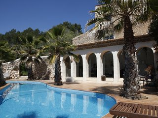 Renovated 18th Century Spanish Finca