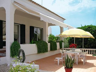 4 bedroom Villa in Carvoeiro, Faro, Portugal : ref 5434657