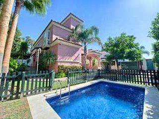Stunning frontline beach villa puerto banus